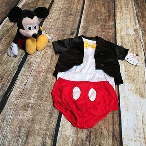 Disney Parks *RARE* Mickey Outfit